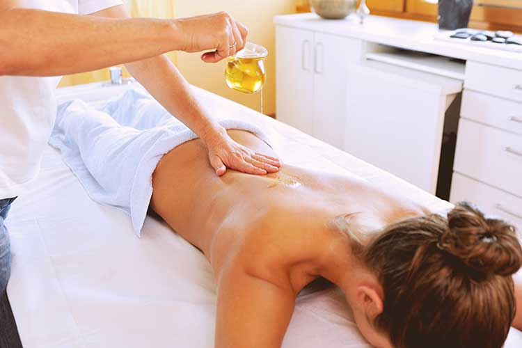 Back Aromatherapy Essential Oil Massage Therapy Spa
