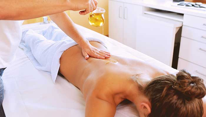 Aromatherapy Essential Oil Massage